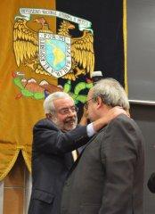 400-Enrique-Graue-Wiechers-rector-de-la-UNAM-felicito-a-Jose-Antonio-de-la-Pena.jpg